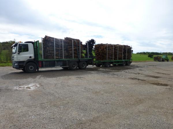 Transport de bois de broyage